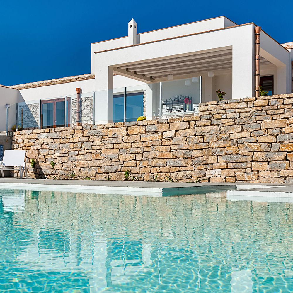 villa con piscina trapani