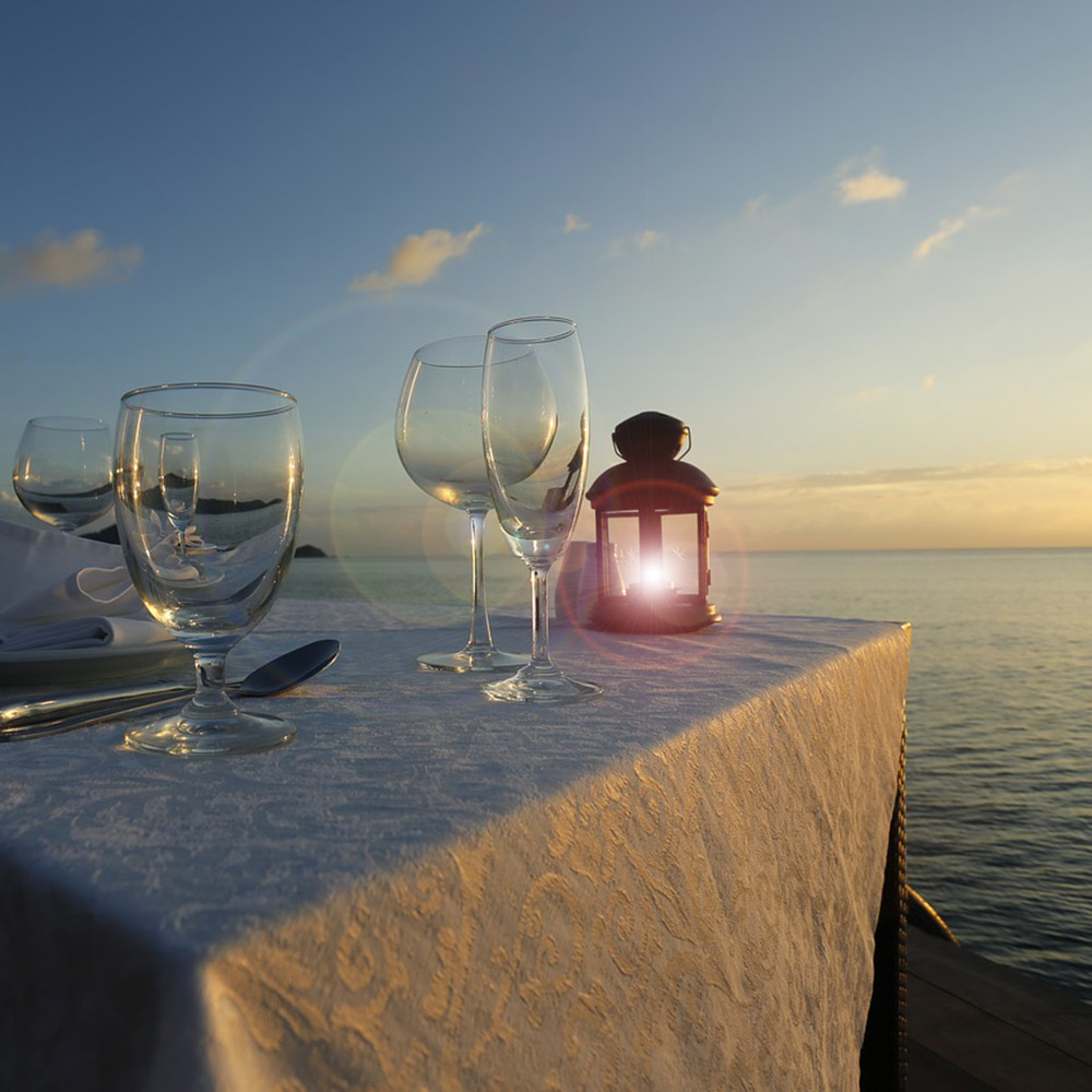 luxury travel services: private dinner