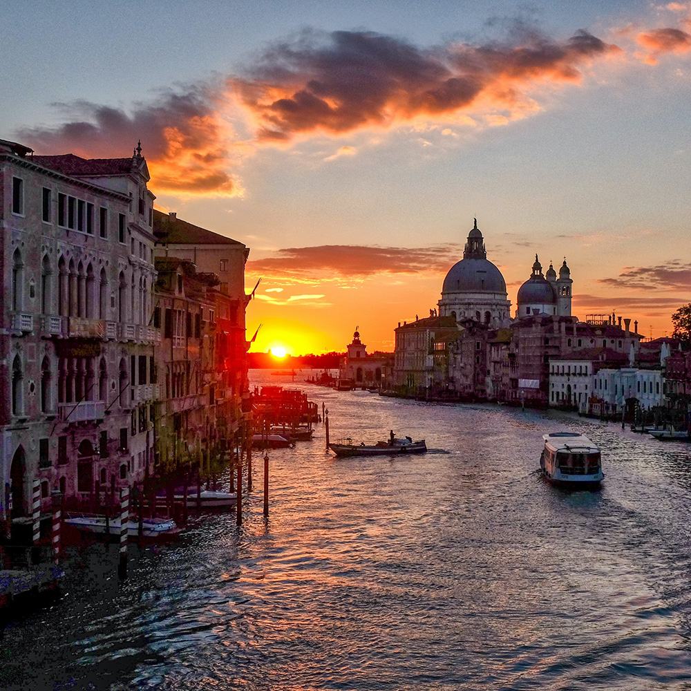 special places to stay venice