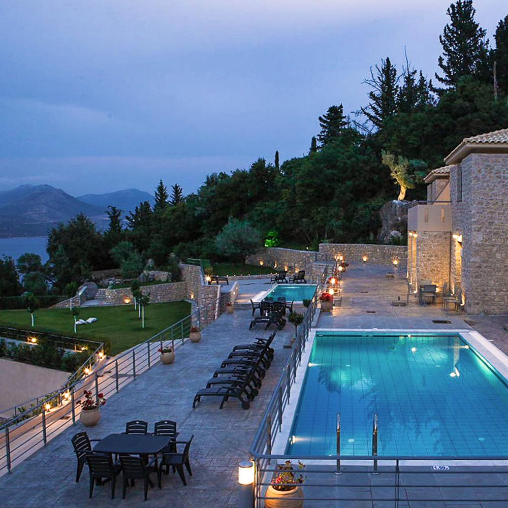 Thealos Village: luxury resorts greece