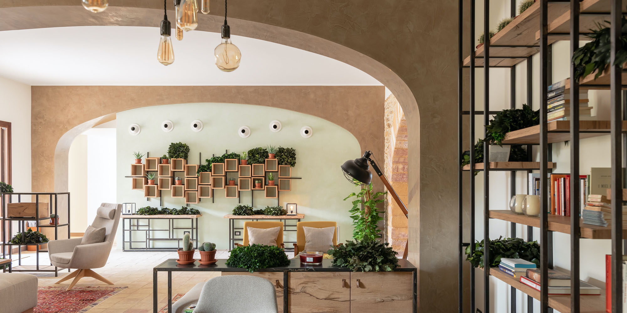 Momentum Resort: interior details