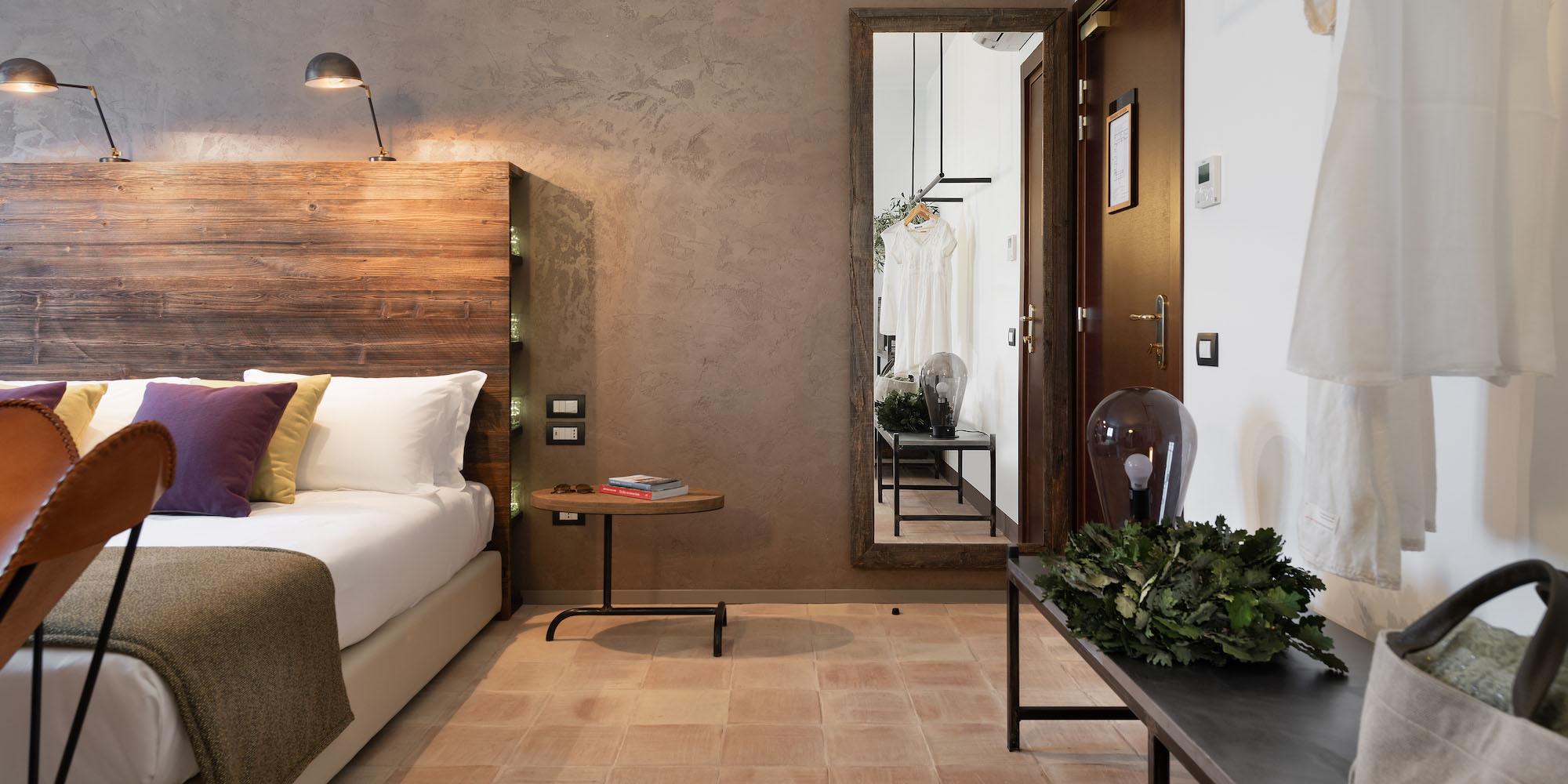 momentum resort: main bedroom