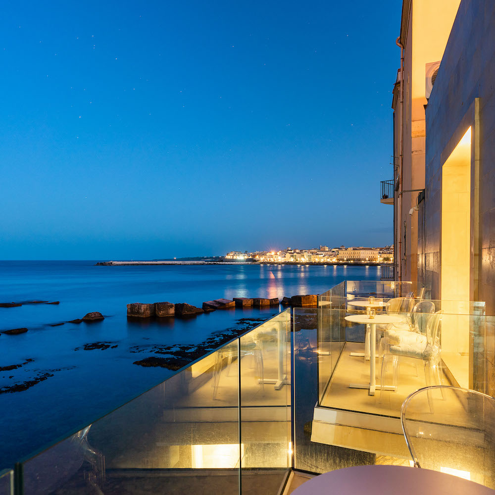 Re Dionisio Boutique Hotel: stunning night view